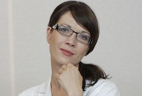 Kostková jako Mandlová